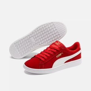 Womans red puma suede shoes size 6.5